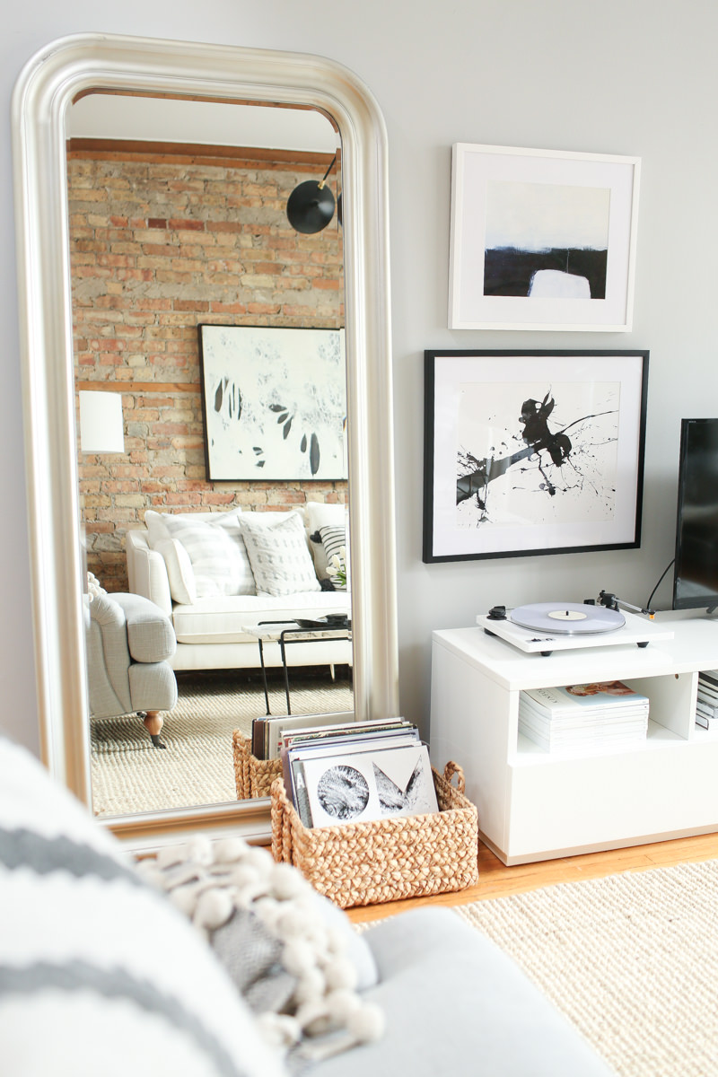 theeverygirl-danielle-moss-home-tour-chicago-WEB-10