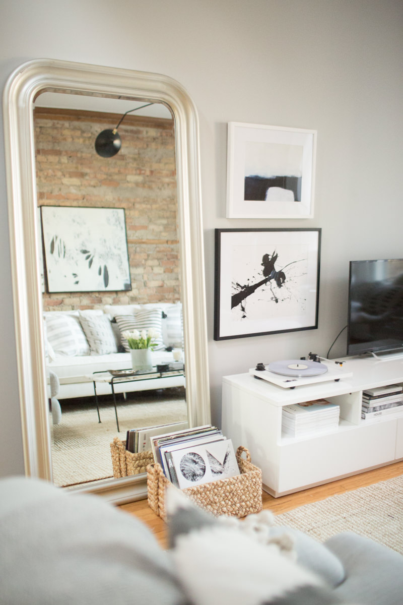 theeverygirl-danielle-moss-home-tour-chicago-WEB-95