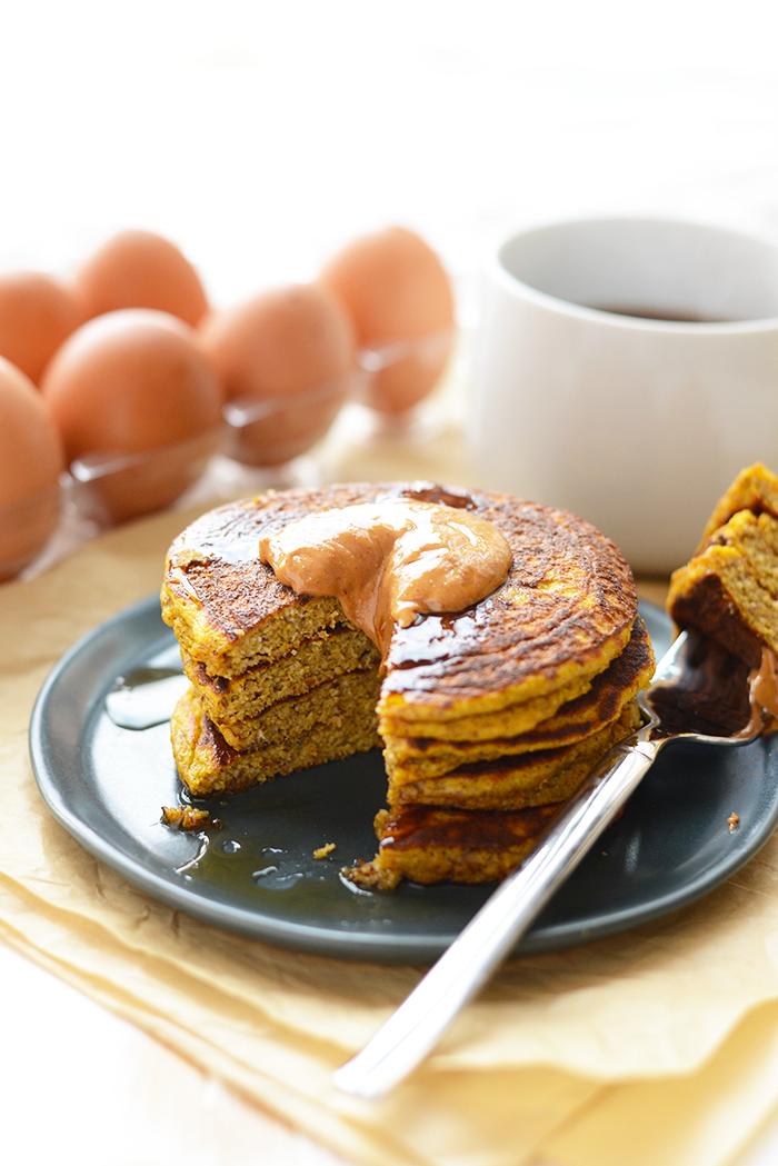 paleo-pumpkin-pancakes