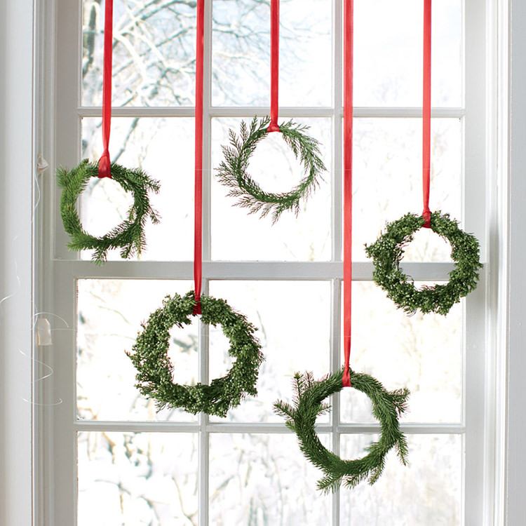 good-things-wreaths-1-mld107860_vert